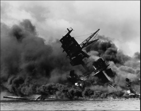 uss-arizona-burning